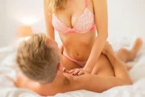 9 beliebte Sexstellungen im Vergleich